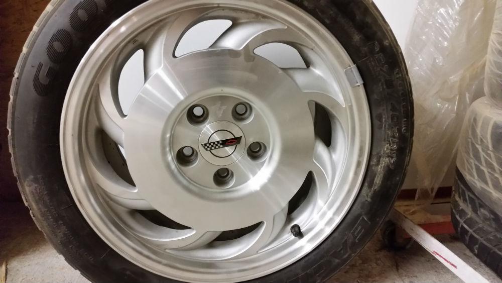 Corvette tires 2